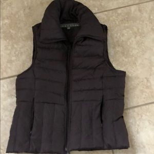 Kenneth cole reaction woman's vest like new